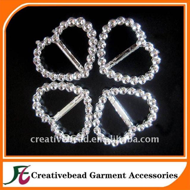 wholesale heart plastic buckles/crystal invitation ribbon slider