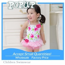 2015 new young girl models swimsuit The Korean version Children's lace swimwear