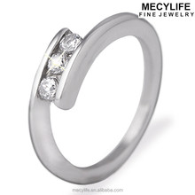 MECYLIFE Fancy Stainless Steel Silver Three Stones Ring Surgical Steel Engagement Rings