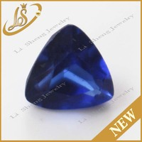 wholesale price blue trillion shaped Small Size glass stones
