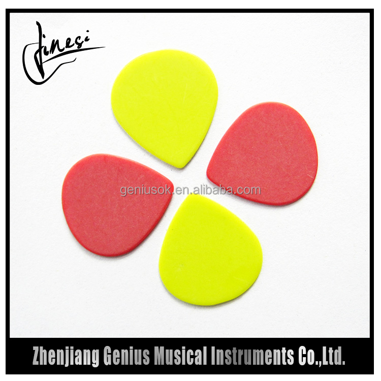 China Manufacturer Celluloid Personalized Guitar Pick 2015