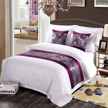 5 Star Hotel Luxury Shiny Bedding Set European classical Bed Linen with Decorative bed runner