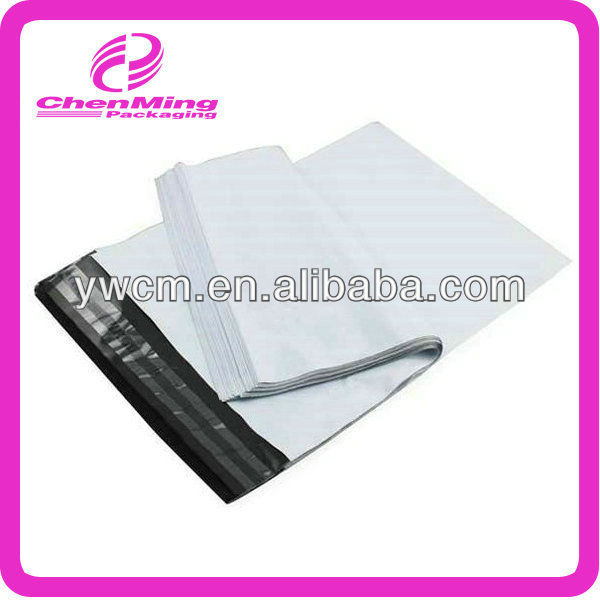 China Yiwu customized permanent sealing white plastic express bag for postage