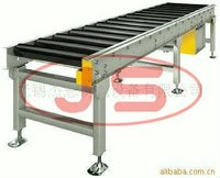Single chain sprocket driving roller conveyor line