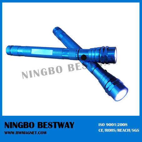 Factory offer directly portable telescopic magnetic flashlight led