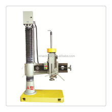 Vertical radial drilling machine for small column