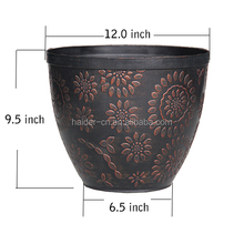 balcony hanging decorative planter flower pot in the backyard garden