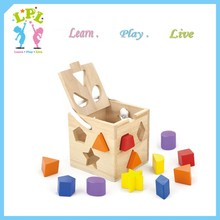 Educational games and puzzles toy Wooden shape sorting cube for kindergarten