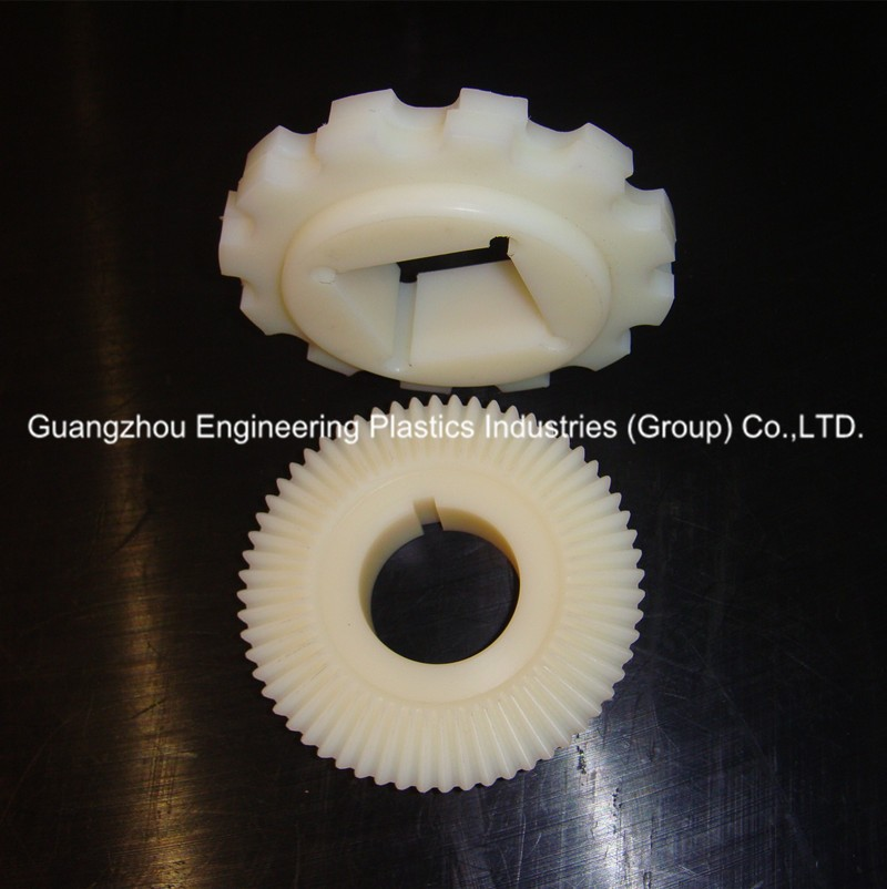 engineering plastic custom made CNC machined polyamide nylon gear wheel