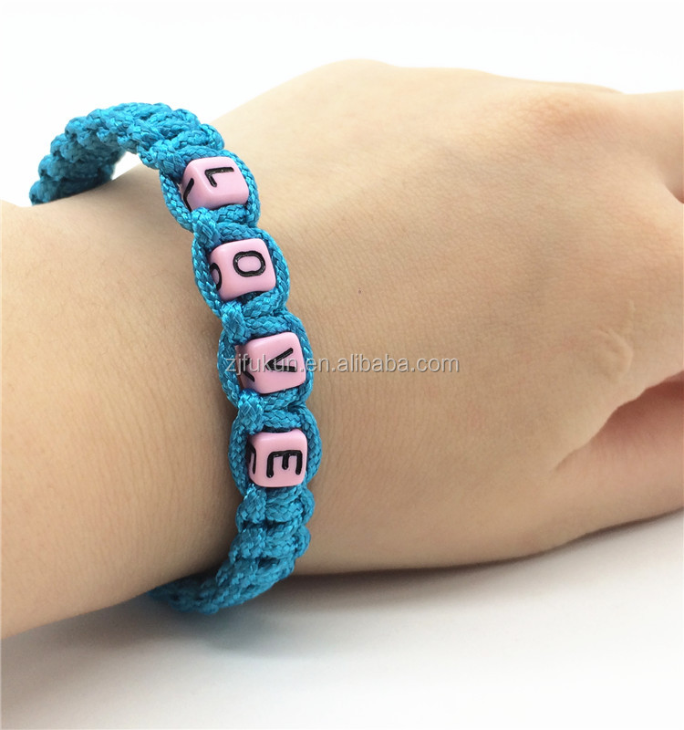 2017 newest weave style adjustable 2mm paracord bracelet with LOVE word beads