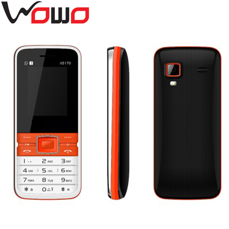 Cheap cell phone model name 5700 with 1.8' QVGA screen 0.08MP quad band dual sim 32MB RAM 32MB ROM
