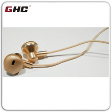 hot sale new design earphone with 3.5mm plug & earbud in ear