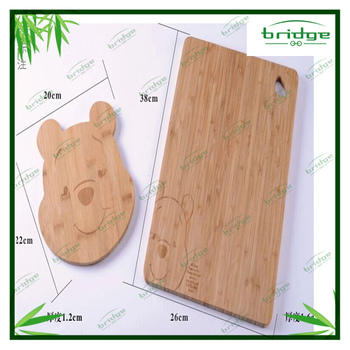 new arrival winnie shaped bamboo cutting board