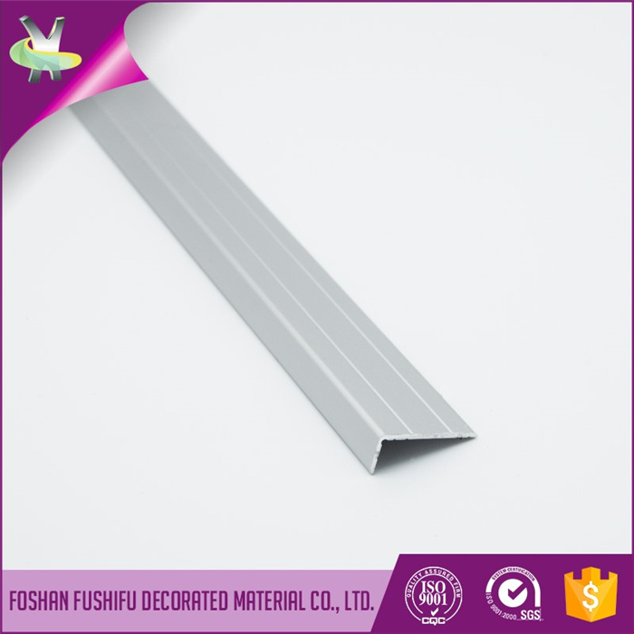 Custom Made in China Flexiable Polished anti-slip aluminium porcelain tile stair nosing