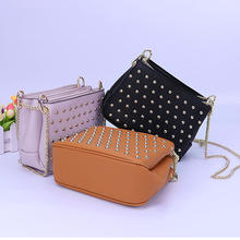 Newly design ladies shoulder bags metal chain stud rivets custom design fashionable shoulder bags