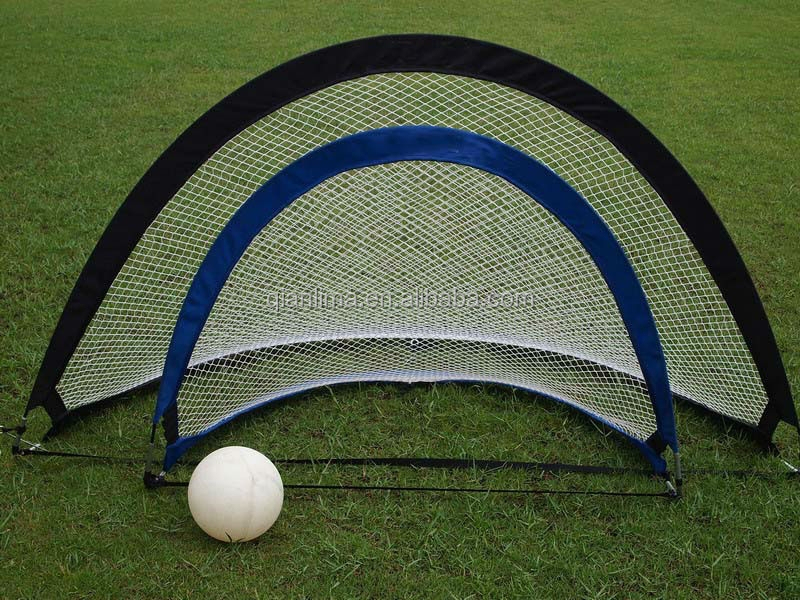 Hot selling semi-circle Pop up football / soccer goal net with direct factory price