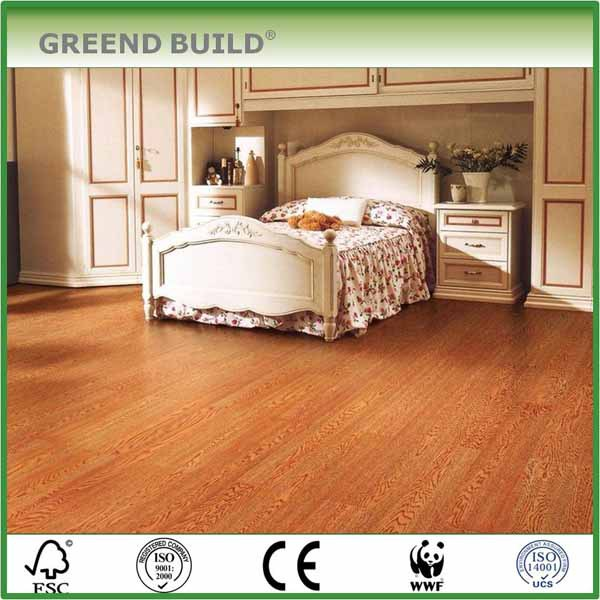 Classic bedroom brushed <strong>oak</strong> plank flooring