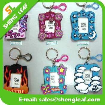 keychain custom blank souvenir adversting cheap plastic rubber photo frame