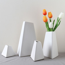 High Quality matt white modern geometric ceramic vases for flower