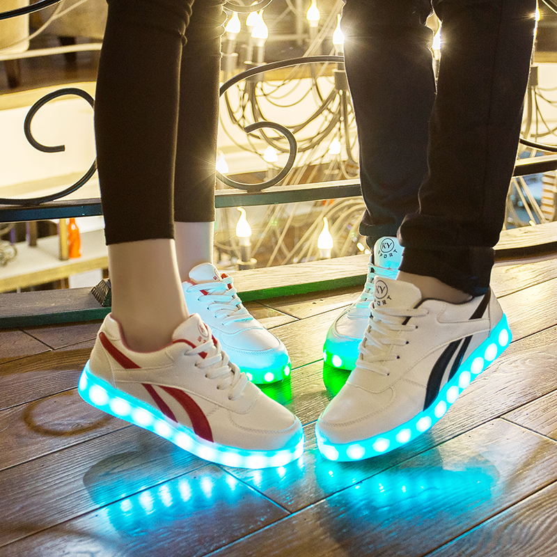Trendy Christmas Gift Led stock lot shoes