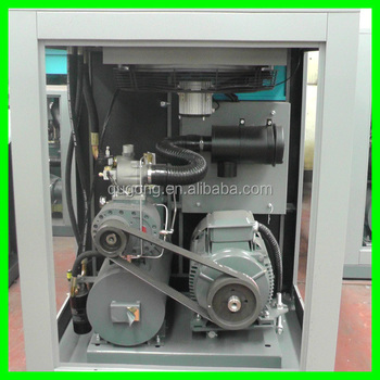 Screw type aircompressor