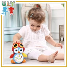 Battery Operated Toy Free Wheel Penguin Smart Swing Penguin