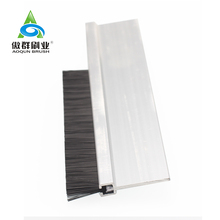 Auto Weatherstrip Brush Plastic Door Sweep Seal Aluminium Door Brush