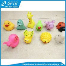 Wholesale colorful PVC soft and lovely animal water play squeaky baby bath toys with sound
