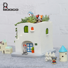 Roogo new ideas christmas decoration house shape indoor planters flower pots