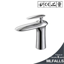 Polished chromed brass single handle one hole basin sink faucet mixer taps water tap types