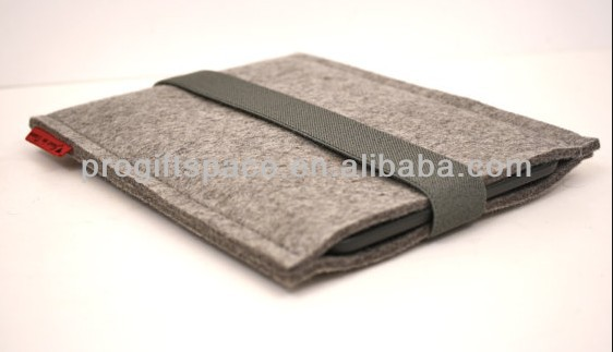 2017 hot sell promotional high quality wholesale handmade polyester pad box felt laptop sleeve case made in China