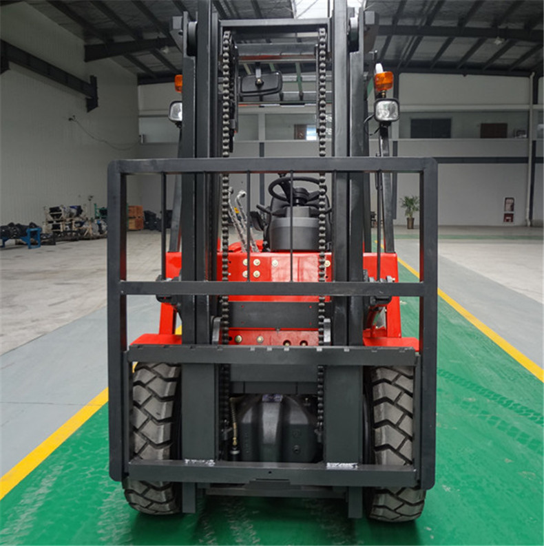 2017 good selling price new design 4 wheel diesel engine forklift