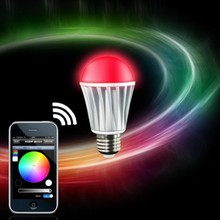 2014 Hot Selling 7 W RGBW Wifi Phone Music Control Smart LED Light