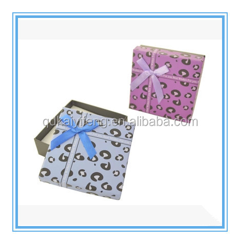 stylish garment paper packaging box gifts