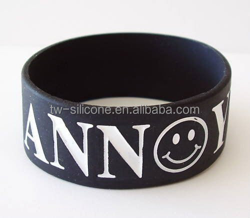 Debossed sports silicone band with custom logo