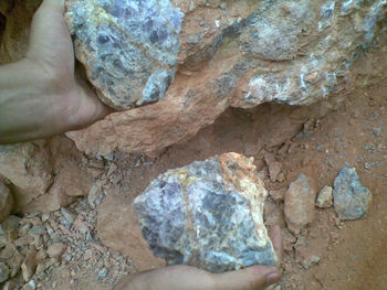 Fluorspar 90% Size 10-60 and 10-30mm