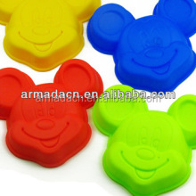 Funny Cartoon Shaped Silicone Cake Mould for Kids