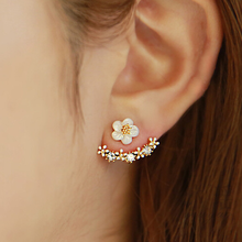 Fashion Daisy Flower Rhinestone Silver Studs Earrings Ear Jackets Jewelry