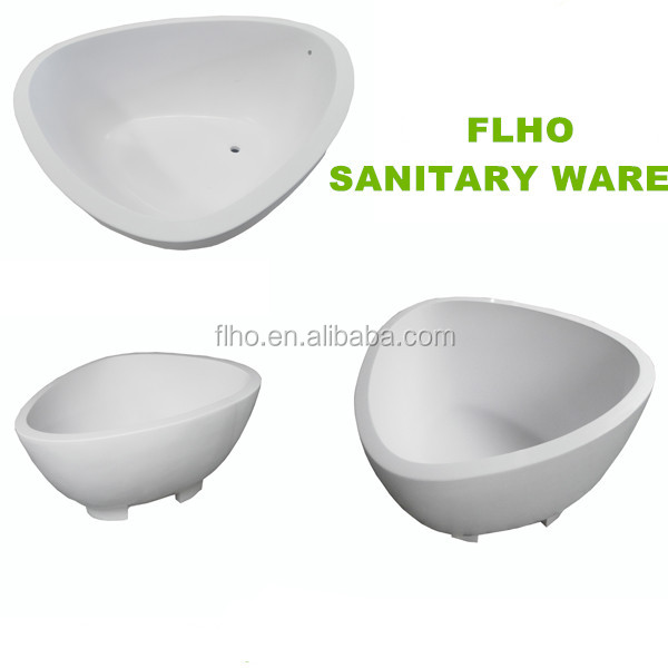 White acrylic triangle bathtub