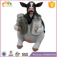 Factory Custom made home decoration salt holder polyresin kitchen cow decorations