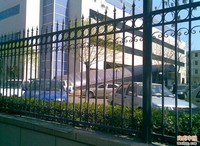 Best selling decorative black powder coated zinc steel fence/China manufacture