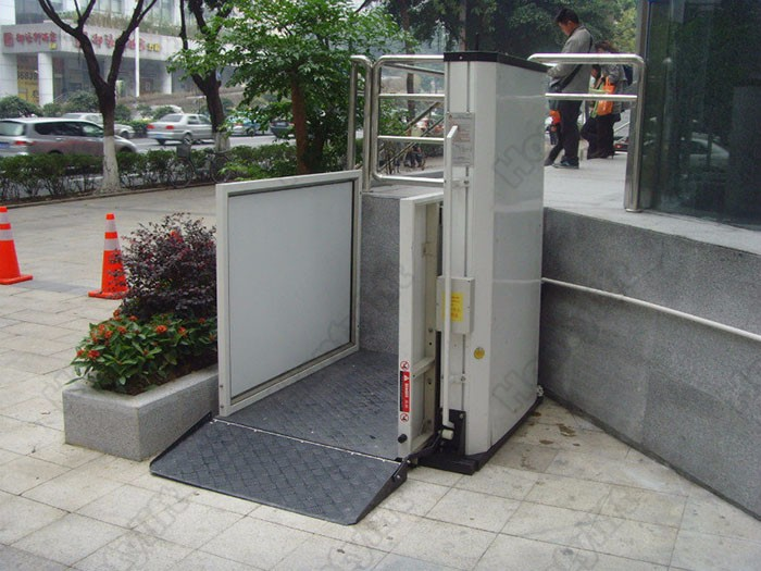 Ce vertical outdoor indoor hydraulic wheelchair lift buy for Indoor elevator