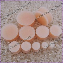 [SI-S105] Fashion Design Saddle Plugs Silicone Skin Color Ear Tunnel Piercing Jewelry