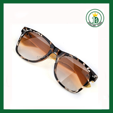 Glasses Leopard Real Wood Polarized Bamboo Wooden sides UV Protected Quality PC Wood Sunglasses