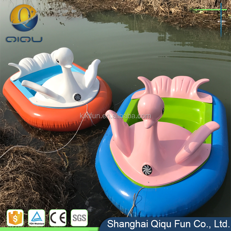 Commercial new factory family inflatable aqua park pvc tube water kids electric bumper boats for sale used uk / pool bumper boat