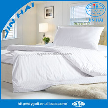50% Polyester/50% Cotton blend percale bed sheets