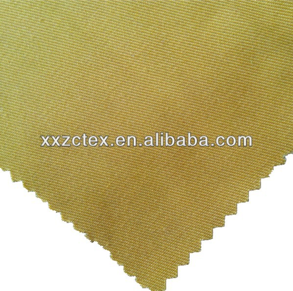 Polyester and cotton dyed twill fabric for workwear