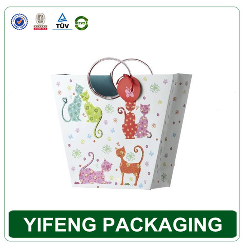 Guangzhou factory promotional foldable cheap shopping bags, luxury paper shopping bag