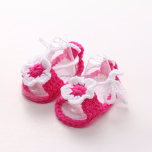 Factory-direct Selling Crochet Baby Sandals With Flowers Handmade Acrylic Yarn Knitted Infant Shoes