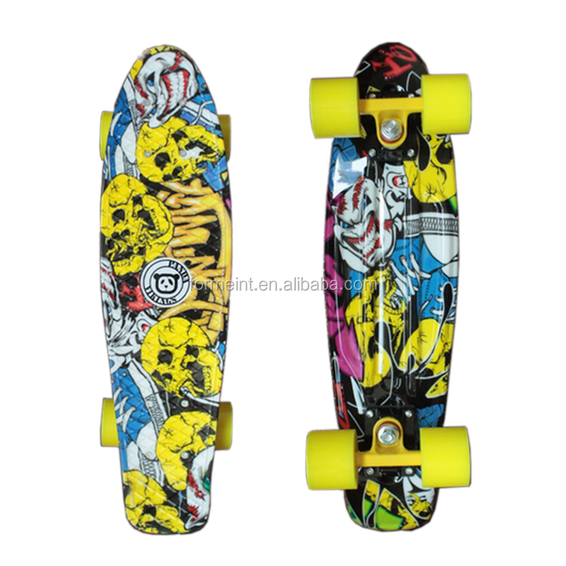 Wellshow Sport 22 inch High Quality PU Wheel Plastic mini fishSkateboard longboard